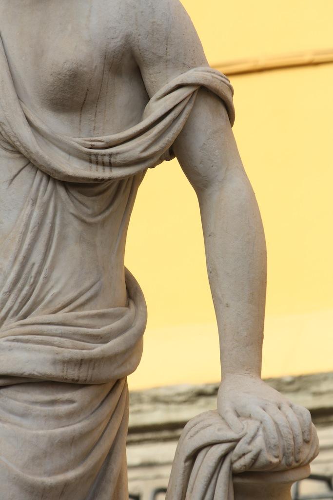 Lucca, Naiade,  Nottolini (1787-1851)  La Pupporona, dettaglio