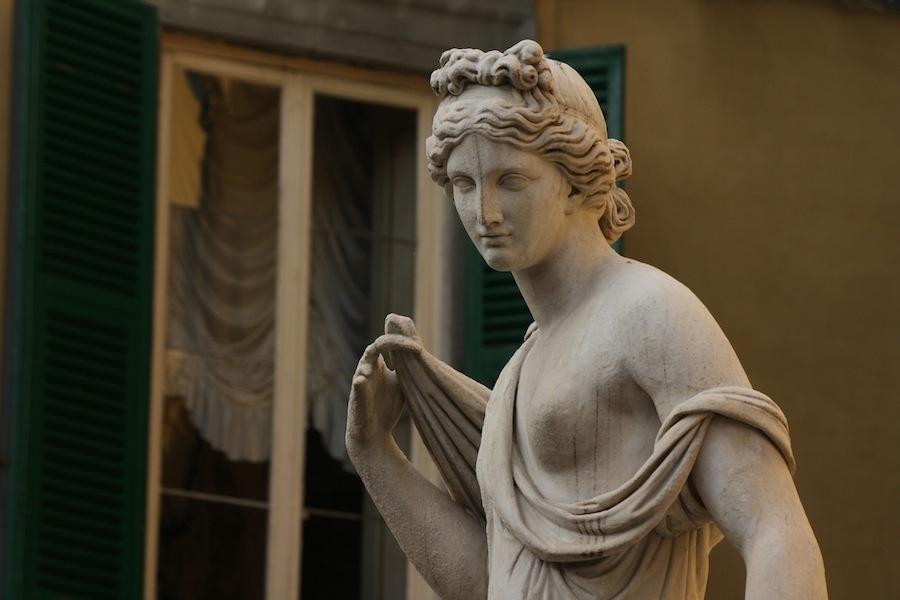 Lucca, Naiade,  Nottolini (1787-1851)  La Pupporona